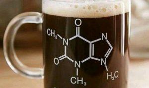 9 Bahan Kimia yang Paling Umum di Minuman Berenergi